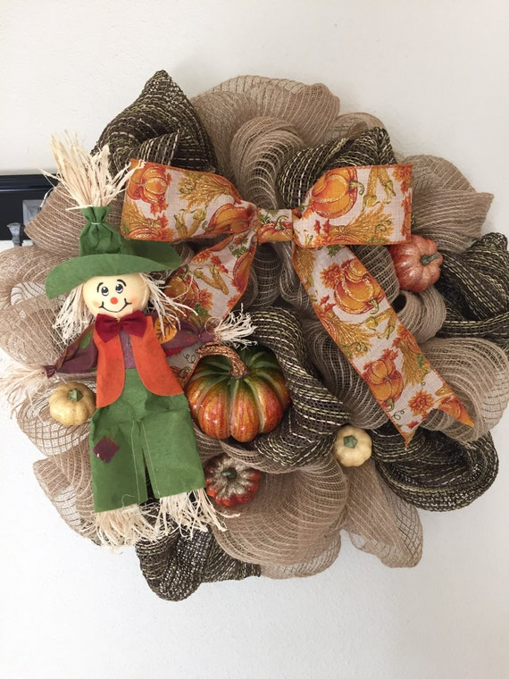 Exceptional This Super Cute Scarecrow Is Doing His Job In This Pumpkin Patch! ;) This  Is Such A Fun Festive Mesh Wreath. Perfect For This Fall!! Images