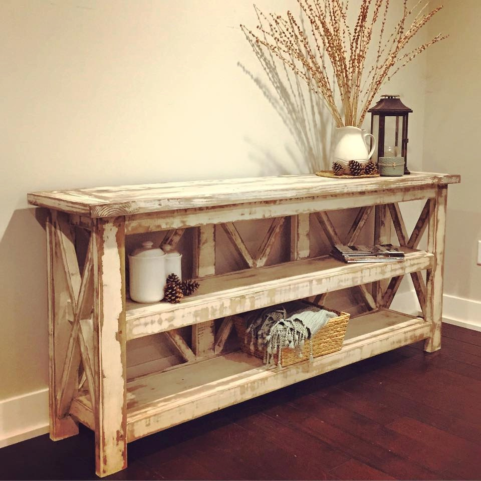 Distressed Farmhouse Living Room: Distressed Country Farmhouse Console/Buffet