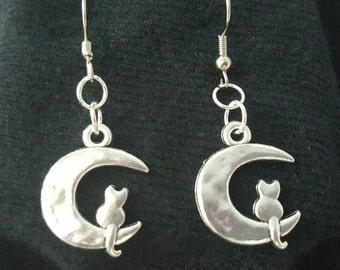 Kitty on Moon earrings