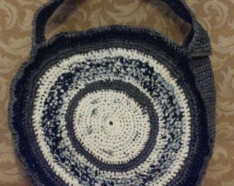 Round Plarn Tote Bag