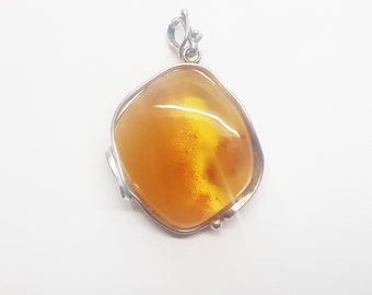 21g Baltic Amber Pendant
