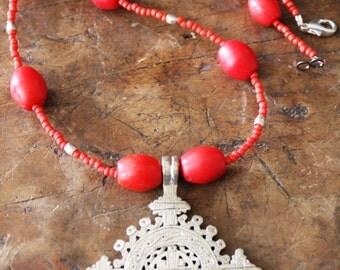 Celtic designed TRIBAL cross - COPTIC African bijoux - Ethniques - Ethiopian - artisan - tribale Berbere - bedouin - OOAK bead art
