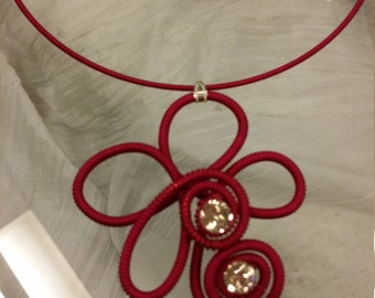 Raspberry pink charming necklace in silky cord spiral with two rhinestones