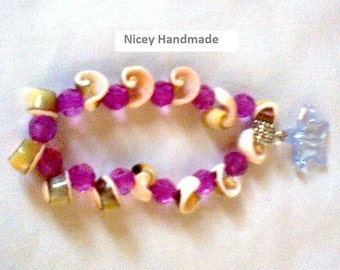 Shell Bracelet With Starfish-Stretchy Shell Bracelet With Charm-Seashells and a Starfish Bracelet
