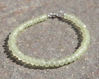 Pale Lemon Frosted Faceted Glass Beaded Bracelet
