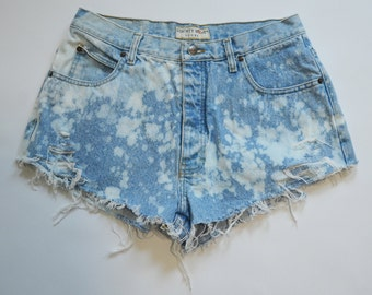 Cut Off Bleached Vintage Daisy Duke Shorts