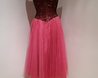True Vintage 1950's Party Dress, Pink and Black with Lace and Sequins, Size 2