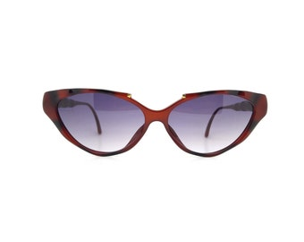 Genuine 1990s Paloma Picasso 3851 10 Red and Black Cateye Vintage Sunglasses