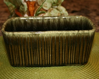 1960s Hull USA F467 Pottery Green Drip Planter//Olive and Seafoam Drip//Vintage Hull Pottery