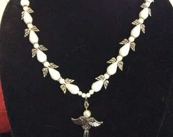 Angle necklace - White and silver necklace