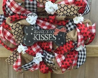 Pet Mom Wreath, Dog Mom Wreath, Dog Paw Wreath, Paw Wreath, Dog Kisses Wreath, Red and Black Wreath, Dog Wreath, Pet Wreath