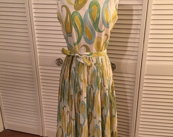 1960s yellow green blue paisley pleated dress