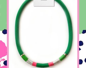Green string necklace