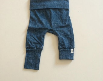 "Pants ""Grow with me"" jeans"