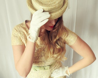 Vintage Cream Straw Hat with Veil and Ribbon