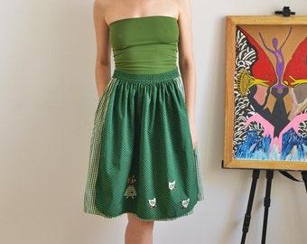Vintage checkered apron skirt ducks motif