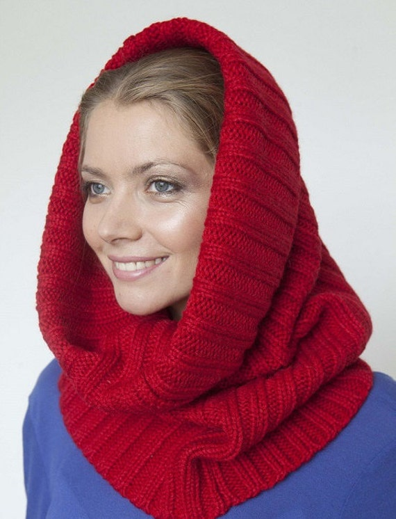 Red Knitted cowl Circle Scarf Hand Knit , Knitted scarf LIC