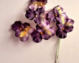 Vintage Millinery flowers. PANSY. Hat trim. Flower spray. 1940s - paper flowers - millinery pansy - hand painted millinery -