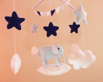 Elephant Felt Mobile, Baby Felt Mobile,Nursery Elephant , Kids Playroom decor Elephante