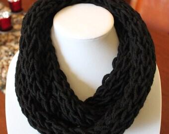 Black Finger Knit Scarf