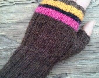 Fingerless mitten