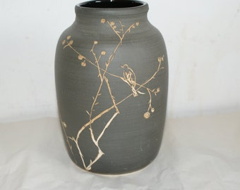 Vase with slip decoration.