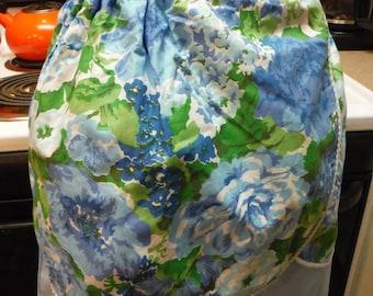Vintage 1960's Blue Flower reversible Apron
