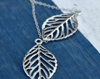 Silver Plated Leaves Pendant Necklace, fashion jewelry, fashion necklace, nature necklace, women leaves pendant necklace, simple necklace