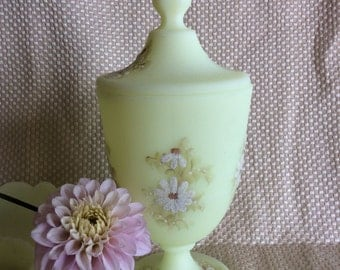 Vintage Fenton Art Burmese covered jar signed Dianna Barbour yellow custard with hand painted daisies