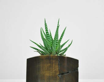 Reclaimed Wood Planter, Curved Top
