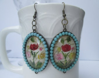Bronze Turquoise Round Earrings with Floral Pattern Inlay