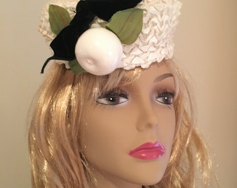 Vintage White Pill Box Hat by Dorothy Foy of Providence, RI, Ribbon Pill Box Hat with Silk and Fruit Adornment with Black Velvet Bow