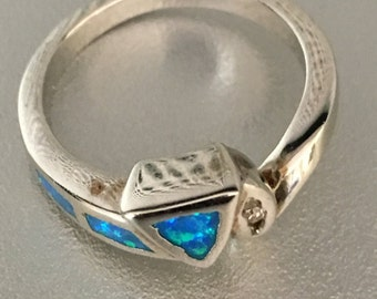 925 Sterling Silver blue stone ring Size 8