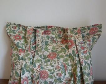 Shoulder bag/shopper/tote in retro fabric