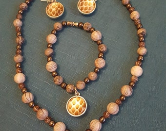 Full Set of Beaded Jewellery containing Real Snake Skin (Necklace, Bracelet, Earrings)