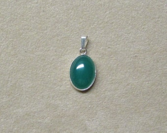 Incredible Rich Green Onyx STERLING silver pendant.