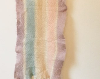Retro/Vintage 1950s mohair scarf