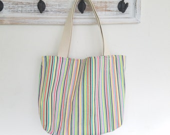 Striped tote bag with pocket
