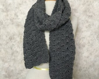 Grey Heather Shell-Stitch Scarf