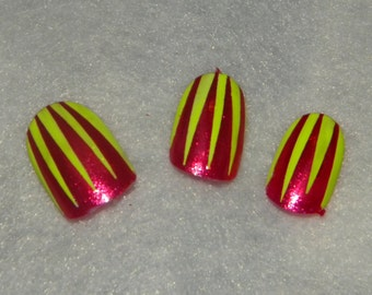 Neon Fun! Pink and Neon yellow nails