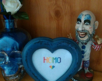 Homo heart frame in blue. 3.5""