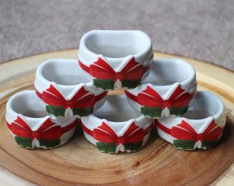 Christmas Ribbon & Holly Napkin Rings, Christmas Napkin Rings, Set of 6 Porcelain Napkin Rings in Box, Vintage 1986 Napkin Rings, Japan