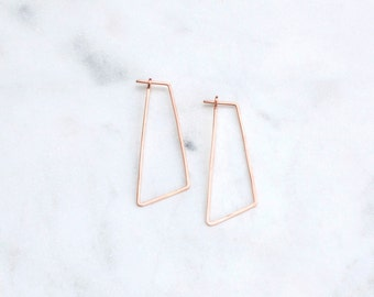 Geometric Minimal Hoop Earrings in Rose Gold, Modern Minimalist Hammered Wire Earrings, Handmade Jewelry in Pink Gold, Gift for Her