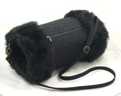 Vintage style hand muff/warmer with pocket ... Black fur and lace ... gothic, victoriana