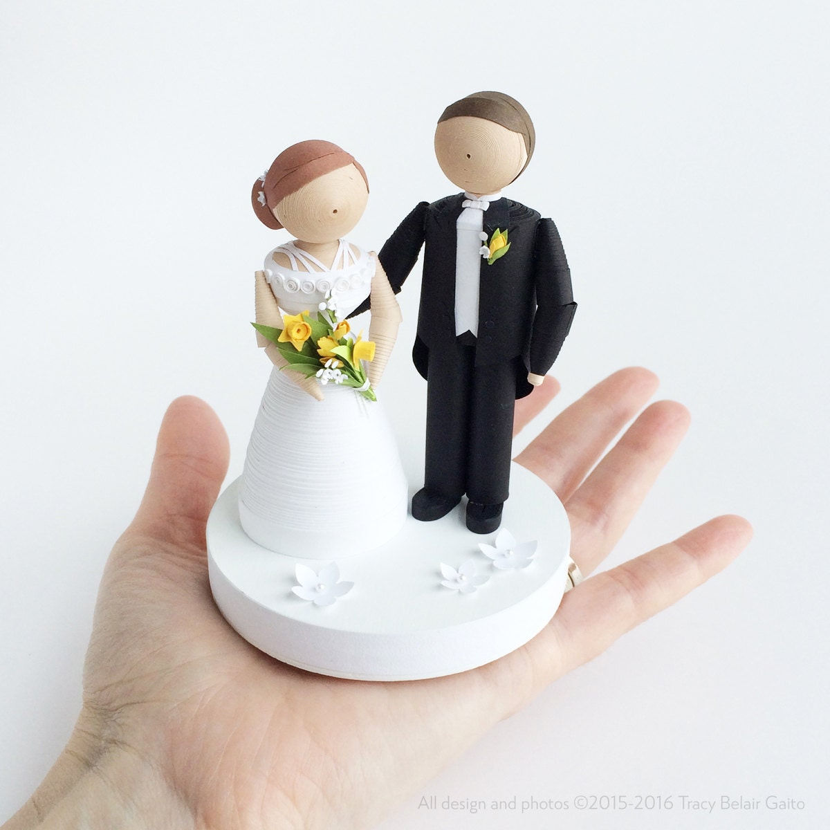 Bride and groom figurine wedding cake topper handmade cake