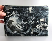 Wicked - Zippered pouch - Raven - Skull - Make-up bag - Zippered bag - Gothic - Nevermore - Black - Gray - Spooky - Poison - Feather