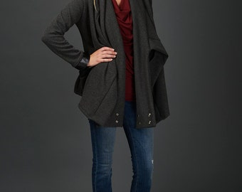 Agnes quilted coat with oversized collar and contrasting black bamboo ribbing
