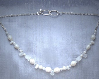 Different pearl necklace