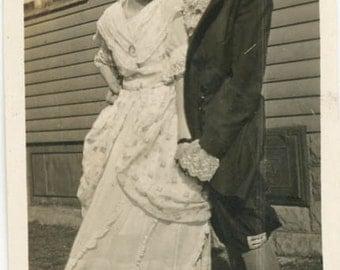 vintage photo 1917 Costume REvolutionary War Women Cross Dress Lesbian int snapshot photo