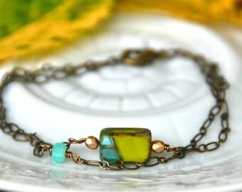 Colorful glass bead charm bracelet / geometrical bracelet / bohemian bracelet. Tiedupmemories